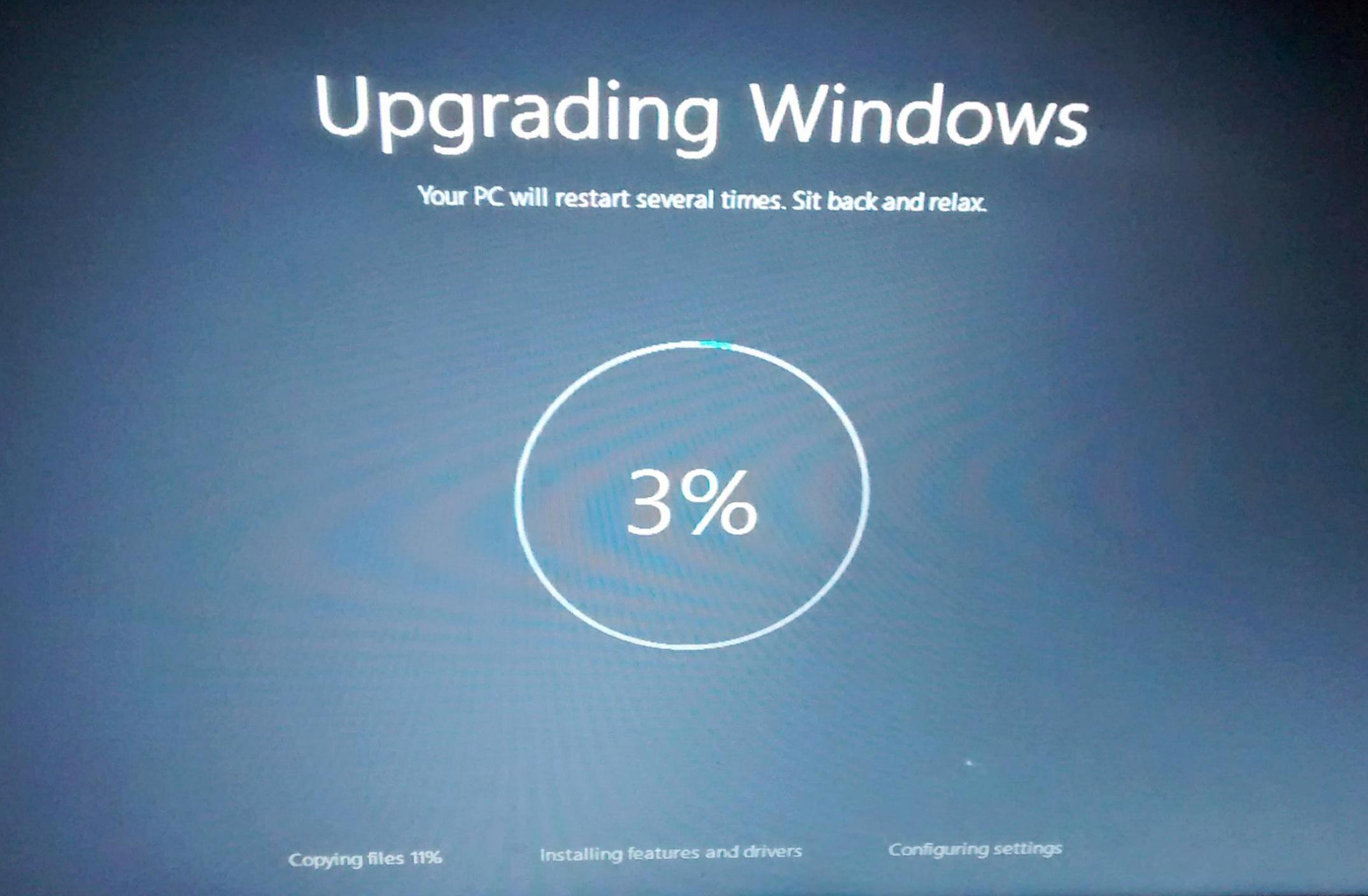 First major update for Windows 10 Now Available!